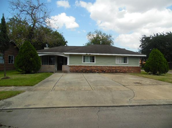 3 bed 2 bath Single Family at 1909 Sullivan Ave Pasadena, TX, 77506 is for sale at 82k - 1 of 10