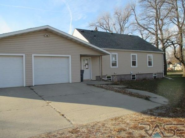 3 bed 2 bath Single Family at 241 E MINNESOTA AVE STEEN, MN, 56173 is for sale at 55k - 1 of 11