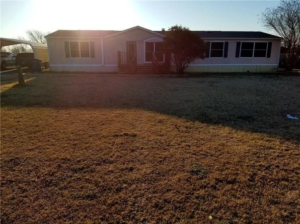 3 bed 2 bath Mobile / Manufactured at 6304 Norton Ct Terrell, TX, 75160 is for sale at 85k - 1 of 14