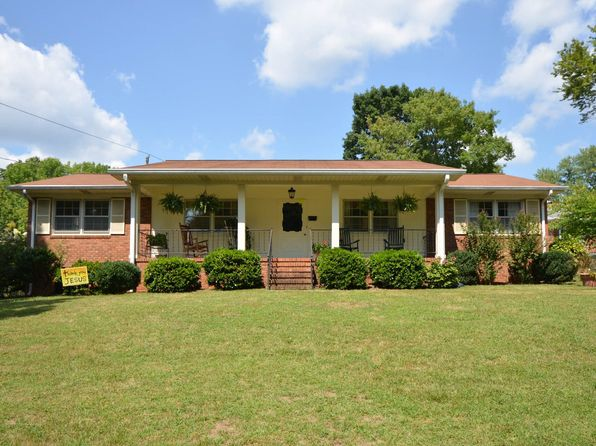 3 bed 2 bath Single Family at 2401 Gracewood Ct Greensboro, NC, 27408 is for sale at 166k - 1 of 22