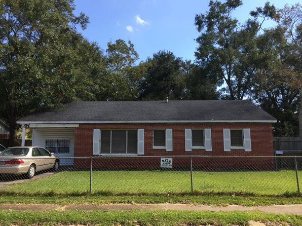 3 bed 1 bath Single Family at 1625 Navco Rd Mobile, AL, 36605 is for sale at 50k - 1 of 15