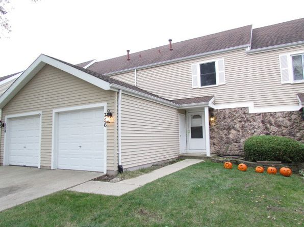 3 bed 3 bath Townhouse at 756 Crescent Way Hanover Park, IL, 60133 is for sale at 135k - 1 of 19