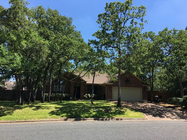 3 bed 2 bath Single Family at 712 Summerglen Dr College Station, TX, 77840 is for sale at 239k - 1 of 21