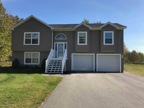 ME Real Estate Maine Homes For Sale Zillow - Map 176 us route 1 freeport maine 04032