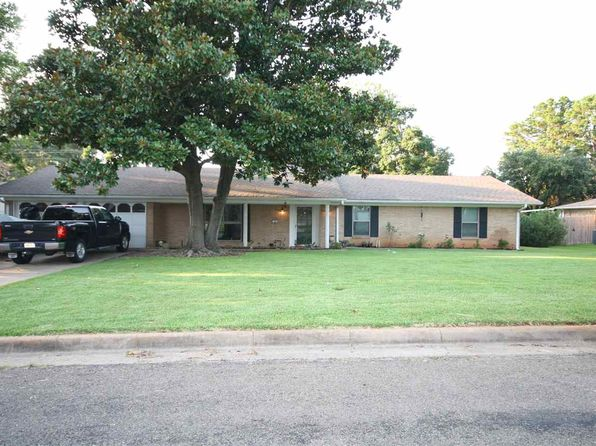 3 bed 3 bath Single Family at 509 Sheffield Dr Longview, TX, 75605 is for sale at 173k - 1 of 21
