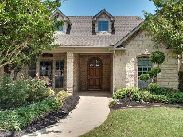 5 bed 3 bath Single Family at 106 Apollo Trl Aurora, TX, 76078 is for sale at 525k - 1 of 36