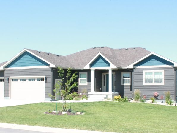 6 bed 3 bath Single Family at  2805 Bonnie Lane Milford, IA, 51351 is for sale at 399k - 1 of 28