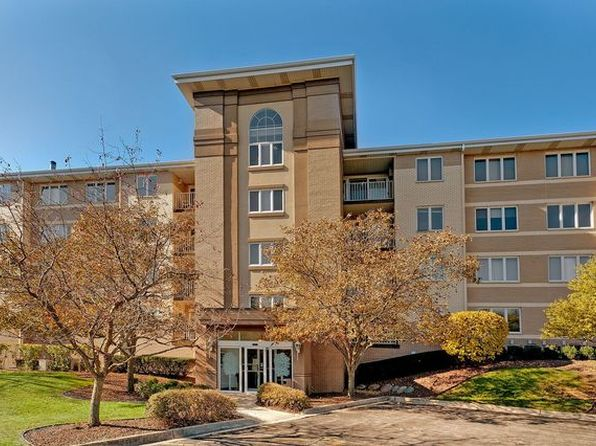 2 bed 2 bath Condo at 480 E Montrose Ave Wood Dale, IL, 60191 is for sale at 162k - 1 of 12