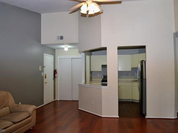 2 bed 2 bath Condo at 105 Drake Ln Ledgewood, NJ, 07852 is for sale at 206k - 1 of 20