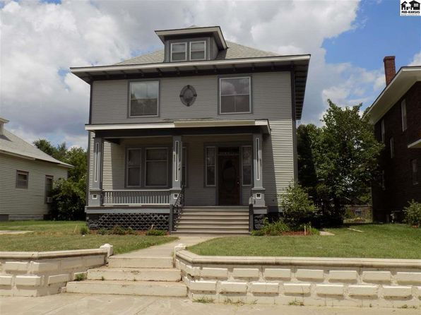 5 bed 2 bath Single Family at 114 E 12TH AVE HUTCHINSON, KS, 67501 is for sale at 97k - 1 of 15