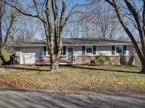 3 bed 1 bath Single Family at 154 S Dennis Ave Republic, MO, 65738 is for sale at 95k - 1 of 22