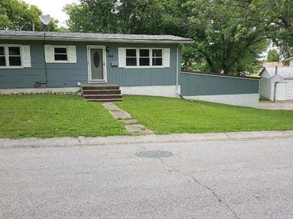 2 bed 2 bath Single Family at 413 Leach Ave Palmyra, MO, 63461 is for sale at 110k - google static map