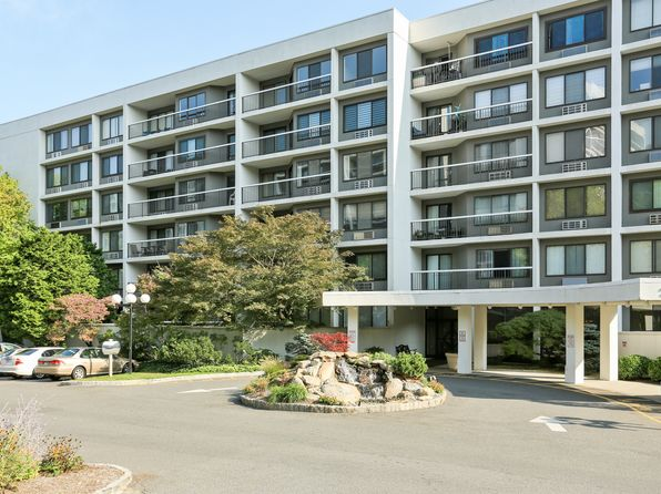 1 bed 1 bath Condo at 200 High Point Dr Hartsdale, NY, 10530 is for sale at 298k - 1 of 27