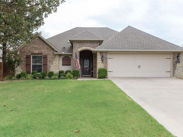3 bed 2 bath Single Family at 5700 Graystone Dr Fort Smith, AR, 72916 is for sale at 210k - 1 of 22