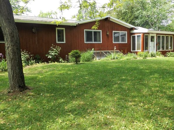 3 bed 2.5 bath Single Family at 9202 Pigeon Lake Rd Valders, WI, 54245 is for sale at 349k - 1 of 19