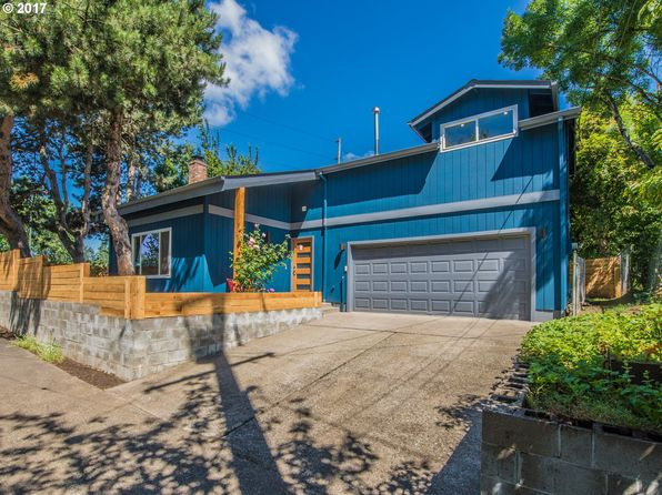 3 bed 2 bath Single Family at 711 SE Rhone St Portland, OR, 97202 is for sale at 465k - 1 of 14