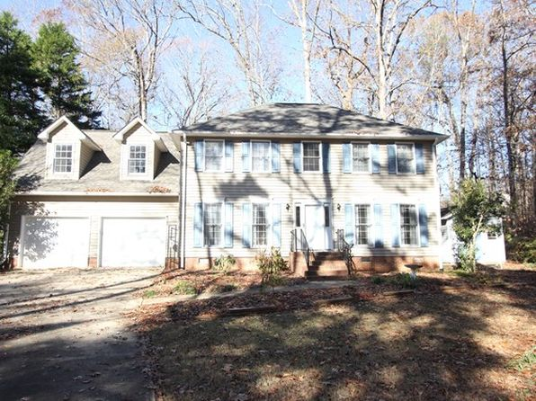 4 bed 3 bath Single Family at 115 RUNNYMEADE ST GREENWOOD, SC, 29649 is for sale at 190k - 1 of 25