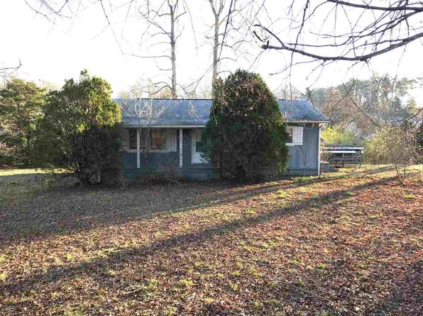 3 bed 1 bath Single Family at 101 Park Ave Landrum, SC, 29356 is for sale at 50k - 1 of 7