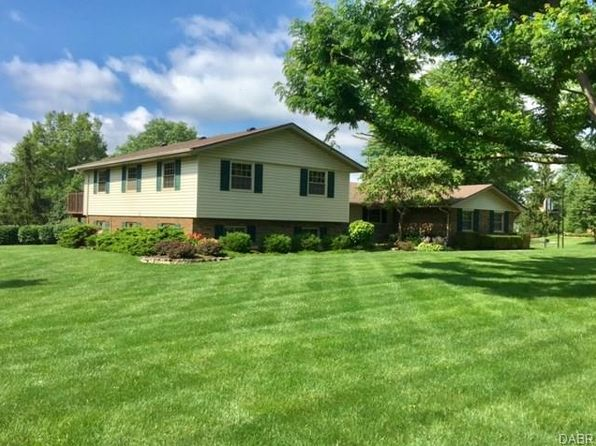 4 bed 4 bath Single Family at 1590 Mapleton Dr Dayton, OH, 45459 is for sale at 240k - 1 of 33