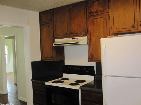 3 bed 1 bath Single Family at 501 N Cross St Searcy, AR, 72143 is for sale at 69k - 1 of 6