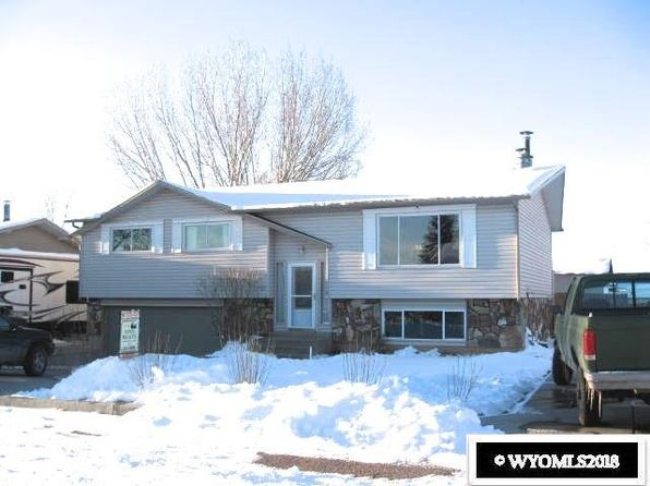 3 bed 2.75 bath Single Family at 110 LIBERTY AVE EVANSTON, WY, 82930 is for sale at 179k - 1 of 11
