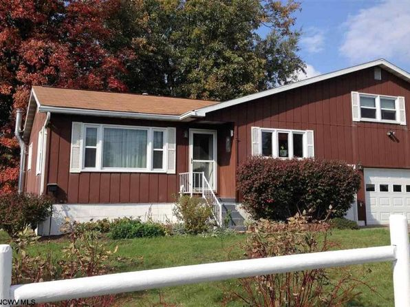 3 bed 3 bath Single Family at 555 Mansfield Ave Star City, WV, 26505 is for sale at 245k - 1 of 20