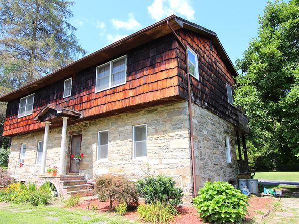 5 bed 3 bath Single Family at 676 Gardnertown Rd Newburgh, NY, 12550 is for sale at 299k - 1 of 2