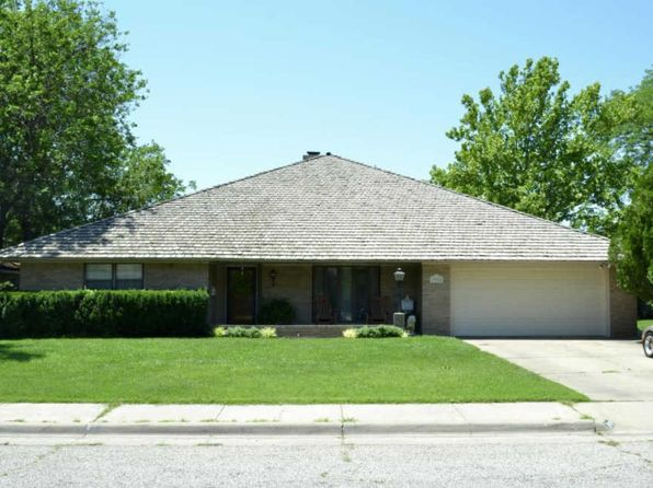 4 bed 2.5 bath Single Family at 3904 Huntington Dr Amarillo, TX, 79109 is for sale at 277k - 1 of 39