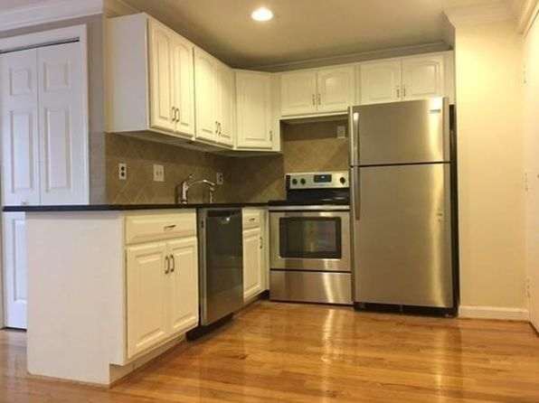 2 bed 1 bath Condo at 12 Woodland St Everett, MA, 02149 is for sale at 239k - 1 of 18