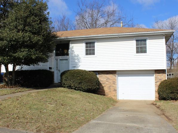 3 bed 2 bath Single Family at 1083 Kelsey Dr Lexington, KY, 40504 is for sale at 135k - 1 of 22