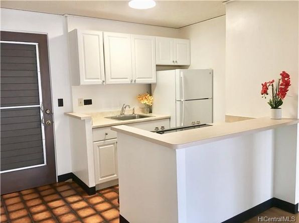 1 bed 1 bath Townhouse at 1535 Pensacola St Honolulu, HI, 96822 is for sale at 310k - 1 of 11
