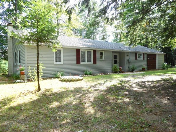 3 bed 1 bath Single Family at 6121 Dennis Evergreen Dr Posen, MI, 49776 is for sale at 95k - 1 of 38