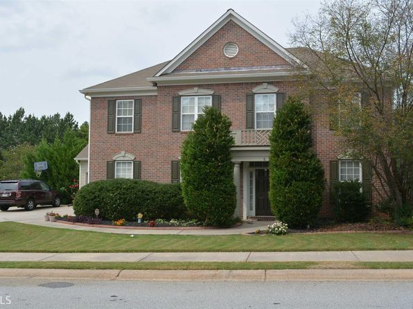 4 bed 4 bath Single Family at 141 Village Green Cir Tyrone, GA, 30290 is for sale at 280k - 1 of 27