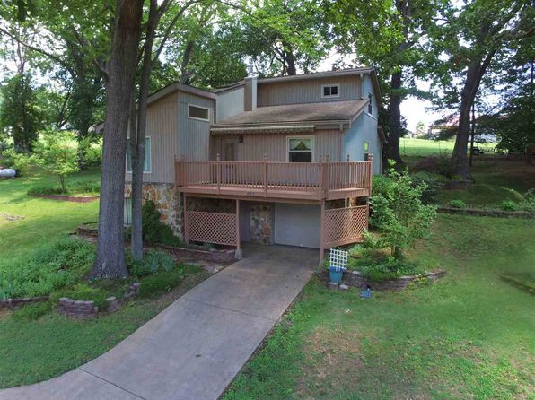 3 bed 3 bath Single Family at 822 Harrell Park Rd Bean Station, TN, 37708 is for sale at 215k - 1 of 28