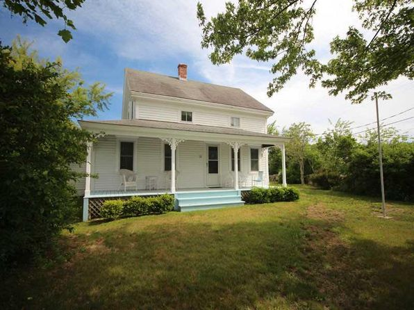 5 bed 2 bath Single Family at 525 CONNECTICUT AVE BLOCK ISLAND, RI, 02807 is for sale at 875k - 1 of 20