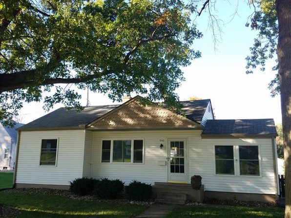2 bed 2 bath Single Family at 940 Spalding Blvd Davenport, IA, 52804 is for sale at 130k - 1 of 22