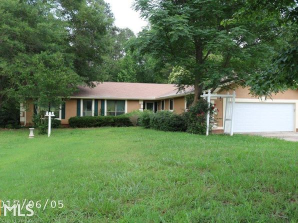 4 bed 3 bath Single Family at 110 Thornton Dr Fayetteville, GA, 30214 is for sale at 150k - google static map