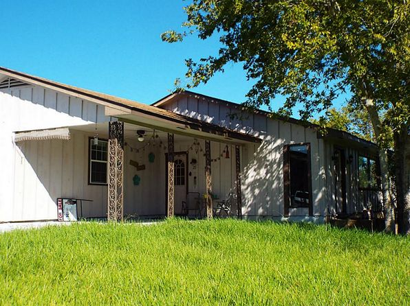 3 bed 2 bath Single Family at 21 Piping Rock Pl Coldspring, TX, 77331 is for sale at 115k - 1 of 28