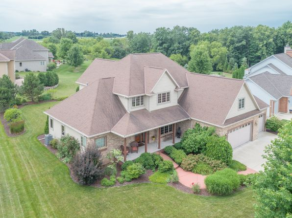 4 bed 3 bath Single Family at 324 Grandeur Oaks Ct De Pere, WI, 54115 is for sale at 410k - 1 of 34