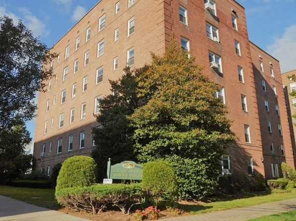 1 bed 1 bath Condo at 60 Locust Ave New Rochelle, NY, 10801 is for sale at 125k - 1 of 11