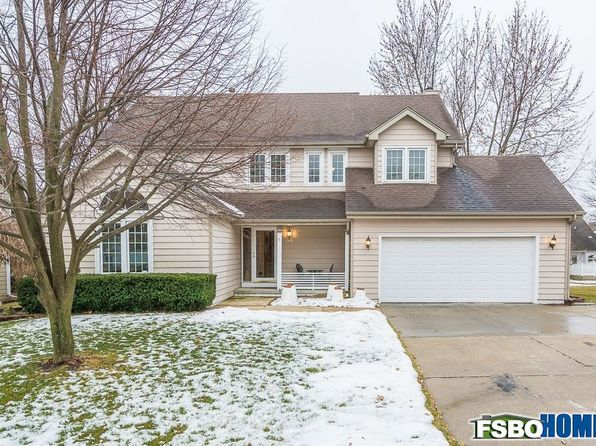 4 bed 4 bath Single Family at 9906 Alpine Dr Urbandale, IA, 50322 is for sale at 324k - 1 of 33