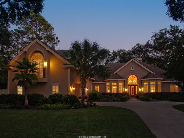 3 bed 5 bath Single Family at 20 Primrose Ln Hilton Head Island, SC, 29926 is for sale at 859k - 1 of 29