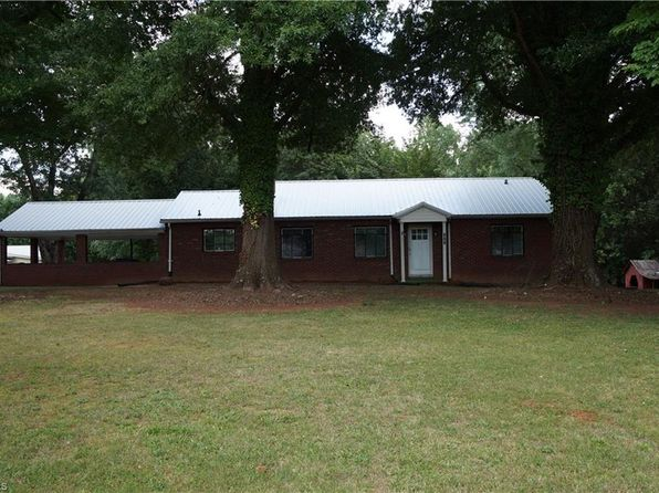 3 bed 2 bath Single Family at 304 Grover St Winston Salem, NC, 27101 is for sale at 120k - 1 of 30