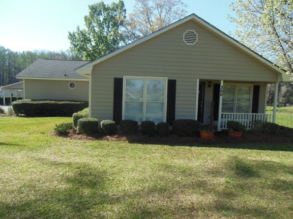 3 bed 2 bath Single Family at 366 Swift Creek Rd Cordele, GA, 31015 is for sale at 256k - 1 of 29