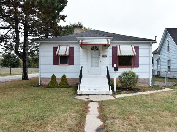 2 bed 1 bath Single Family at 3001 Elim Ave Zion, IL, 60099 is for sale at 80k - 1 of 23
