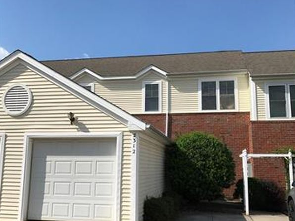 2 bed 3 bath Townhouse at 2312 Oak Hill Village Ln Charlotte, NC, 28217 is for sale at 160k - 1 of 12