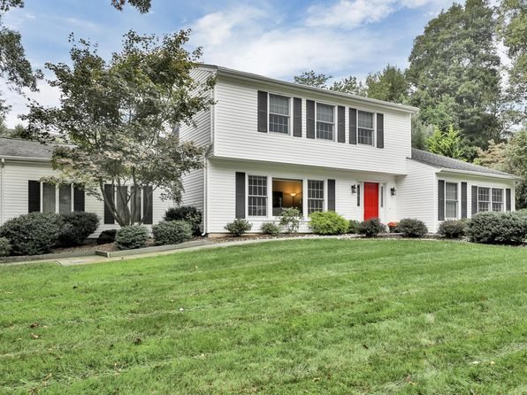3 bed 3 bath Single Family at 2 Heath Pkwy Middletown, NJ, 07748 is for sale at 489k - 1 of 21