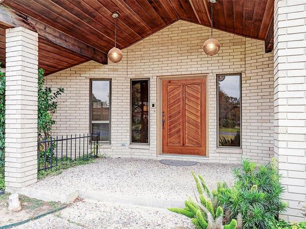 3 bed 4 bath Single Family at 8001 COLGATE ST HOUSTON, TX, 77061 is for sale at 390k - 1 of 17