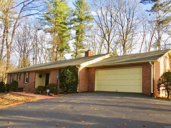3 bed 2 bath Single Family at 1165 Glenheath Dr Hendersonville, NC, 28791 is for sale at 285k - 1 of 14
