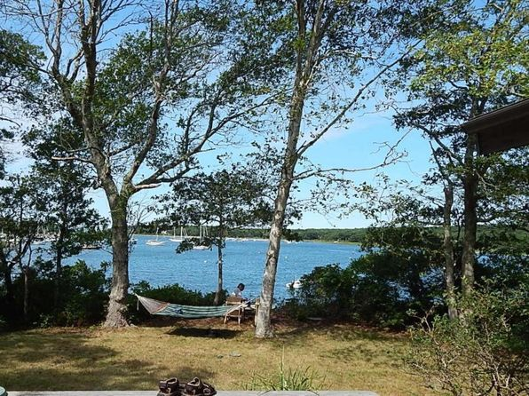 3 bed 2 bath Single Family at 9 Bassetts Is Pocasset, MA, 02559 is for sale at 795k - 1 of 18